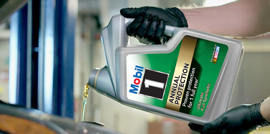 Mobil-1-Annual-protection-motor-oil-callout.jpg
